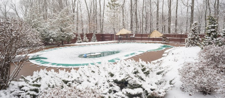 How to Properly Winterize Your Swimming Pool in Toronto