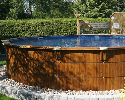 Accessories and Landscaping for Your Semi-Inground Pool in Toronto